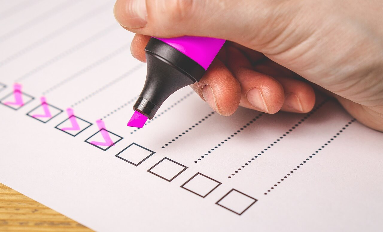checklist with ticked boxes